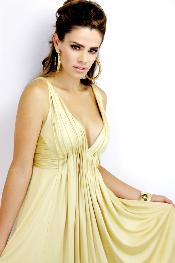 Luz Elena Gonz Lez