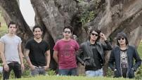 Odisseo es una banda nacida en 2010, cuando en Ecatepec, Estado de México, Daniel, Edgar y Manuel arrancan con una aventura que hoy continúa creciendo a pasos agigantados.