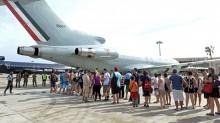 Puente aéreo para rescatar a los turistas.