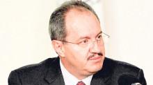 Rodrigo Archundia Barrientos presentó su renuncia al titular de la PGR, Jesús Murillo Karam.