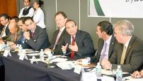 """Alfonso Navarrete Prida, titular de la STPS, durante su participación en el foro """"Salario, Productividad y Formalidad"""", que se realiza en el Senado."""