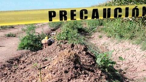 Todos los cuerpos son de hombres y se encontraban tirados al borde de una carretera.