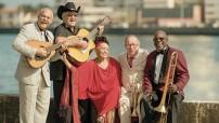 Los shows de la Orquesta Buena Vista Social Club siempre se han caracterizado por contar con un gran abanico de géneros y ritmos como el son, guajiras, danzones, boleros, cha-cha-cha y rumbas.