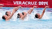 Con un popurrí de The Beatles, el equipo mexicano de nado sincronizado se adjudicó la medalla de oro en la prueba Rutina Libre Combinada, dentro de los Juegos Centroamericanos y del Caribe Veracruz 2014.