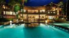 El hotel, enclavado en la selva argentina.