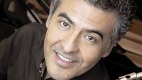 El flautista mexicano Miguel Ángel Villanueva arranca sus actividades de este 2015 el próximo 10 de febrero con un concierto en el imponente Teatro Degollado de Guadalajara, Jalisco, en el que estará acompañado por la arpista Janet Paulus.