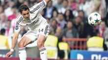 """El partido del miércoles es el segundo del """"Chicharito"""" que participa como titular en este torneo, debido a que el francés Karim Benzema no se recuperó a tiempo para la cita contra Atlético de Madrid."""