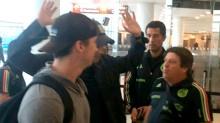 El encuentro del Piojo Herrera y Martinoli en el aeropuerto de Filadelfia.