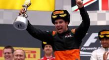 El piloto mexicano Checo Pérez compartió podio en Rusia con el británico Lewis Hamilton y el alemán Sebastian Vettel.