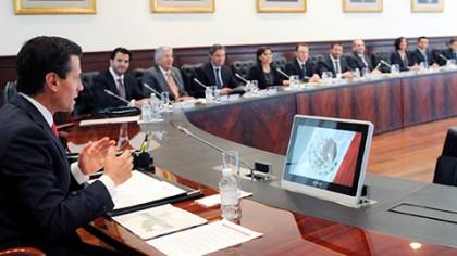 Enrique Peña Nieto se reunió en Los Pinos con los miembros del gabinete México Incluyente, a quienes les instruyó garantizar el ejercicio efectivo de los derechos sociales de los mexicanos.