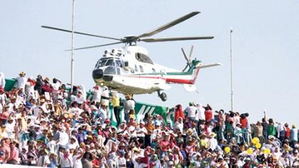 El Papa Francisco se reunió en Tuxtla Gutiérrez con familias, durante un acto en el estadio Víctor Manuel Reyna.