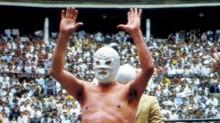 """La leyenda de """"Santo El Enmascarado de Plata"""" comenzó el 5 de febrero de 1984."""