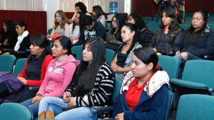 Enrique Peña Nieto dijo que el número de trabajadores registrados tuvo un incremento de 17 mil 500, en comparación con el mismo mes del año pasado.