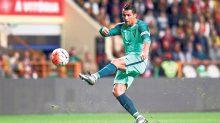 Con goles de Cristiano Ronaldo, la selección nacional de Portugal evitó su eliminación de la Eurocopa Francia 2016.