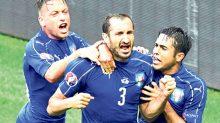 La selección de Italia neutralizó a la de España y la derrotó 2-0, para avanzar a cuartos de final de la Eurocopa 2016.