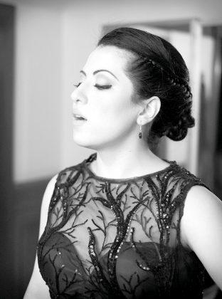 """La soprano María Katzarava señala que """"La voz humana"""" es un gran reto porque es muy difícil tanto técnicamente como en la expresión actoral."""