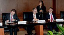El magistrado presidente del TSJCDMX, Edgar Elías Azar, firmó un convenio de colaboración con la Universidad Panamericana.