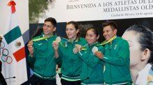 La atleta Guadalupe González Romero reconoció el respaldo y apoyo que la institución educativa le brindó durante su preparación para esta competencia.