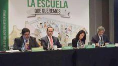"""Juan Pablo Castañón Castañón en la conferencia conjunta con Mexicanos Primero: """"La Escuela Que Queremos""""."""