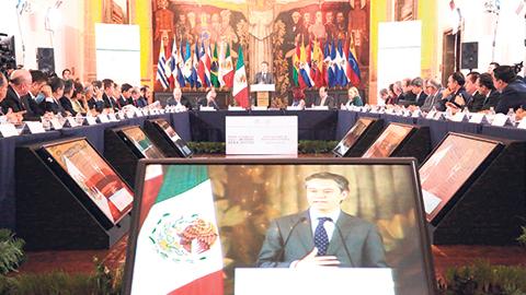 Aurelio Nuño Mayer ratificó que no se dará ni un paso atrás en la implementación de la reforma educativa.