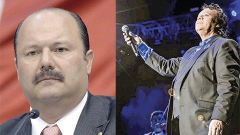 """""""Hay un clamor de la gente porque se le haga un homenaje  a Juan Gabriel en Ciudad Juárez, nosotros le planteamos a la familia respetuosamente que previo a los actos que están organizándose en la Ciudad de México, tuvieran a bien llegar aquí"""", expresa el gobernador de Chihuahua, César Duarte."""