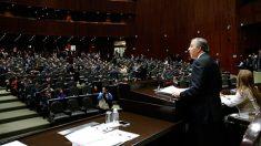 José Antonio Meade reconoció ante diputados que el gobierno federal debe implementar ya medidas de austeridad y control de la deuda pública.