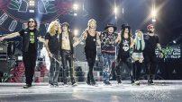Hoy más fuertes que nunca y con Axl nuevamente de pie y activo al 100%, Guns N' Roses cerrará su gira Latinoamericana en la Ciudad de México, frente a una de las audiencias más leales del mundo.