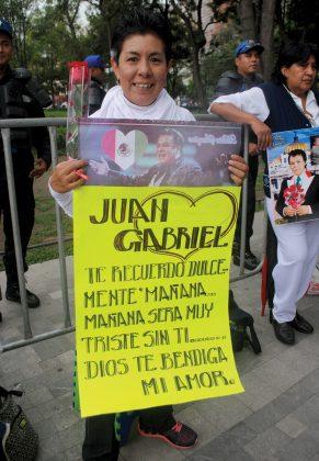 """""""Gracias Juan Gabriel por tus bellas composiciones""""."""