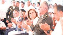 La titular de la PGR, Arely Gómez González, confirmó que se busca al gobernador con licencia de Veracruz, Javier Duarte.