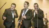 Los Ángeles Azules regresan con su cumbia a ritmo sinfónico, en un show completamente renovado y en el que tendrán invitados de lujo.