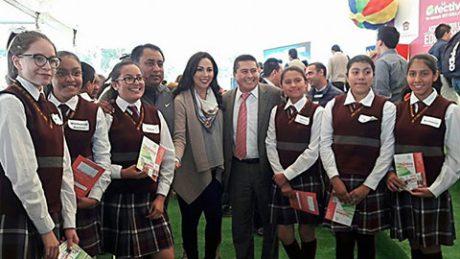 Romina Contreras Carrasco, presidenta del DIF Huixquilucan, encabezó la conmemoración del Día Internacional de la No Violencia Contra la Mujer.